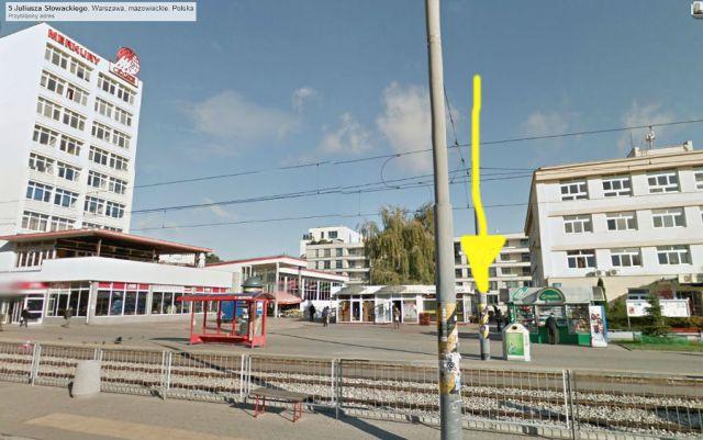 Tu się mieści słynny Antykwariat Krzysztofa Jabłońskiego (fot. google maps - zrzut ekranu i moja strzałka dorobiona w Gimpie - Googlu - dziękuję!)