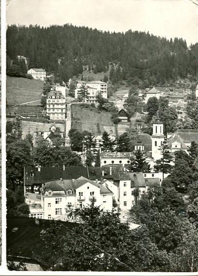Krynica - fragment uzdrowiska, pocztówka fotograficzna, ok. 1968, fot. G. Russ, PTTK
