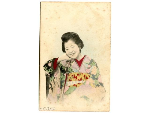 Japonka na starej pocztówce z początku XX wieku
