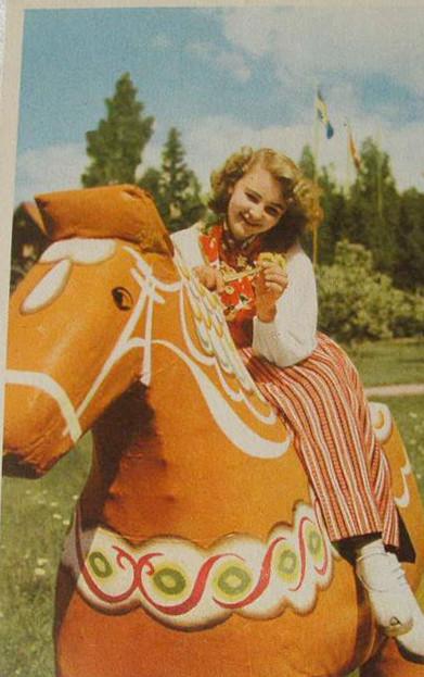 konik Dalarna na starej pocztówce