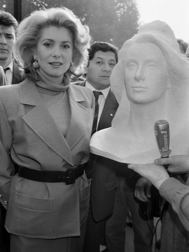 Catherine Deneuve i Marianna