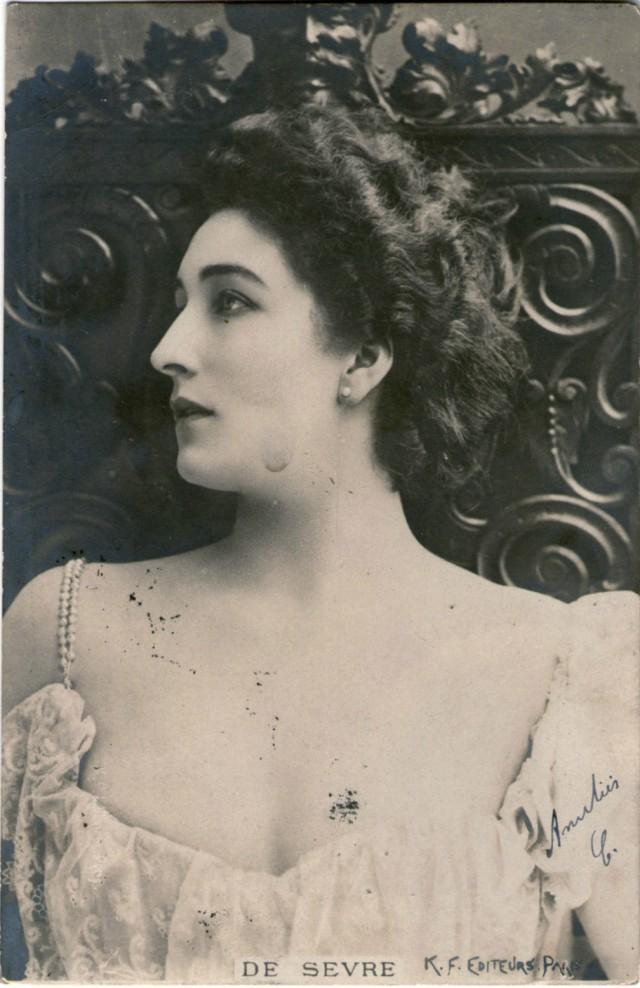 Marguerite de Sevres c. 1900
