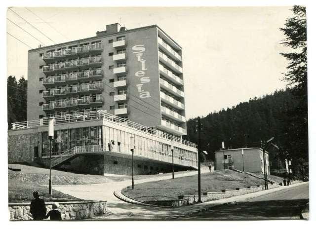 """Wczasy w PRL stare pocztówki Krynica """"SILESIA"""", 1964"""